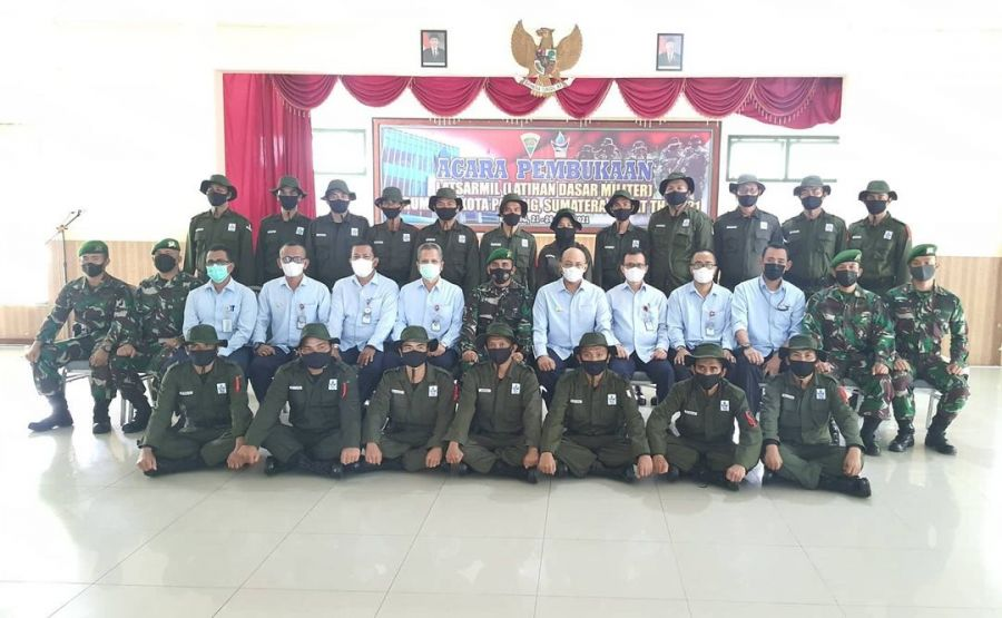 Bentuk Mental dan Disiplin, Pegawai Baru Perumda AM Kota Padang Ikuti Latsarmil di Batalyon