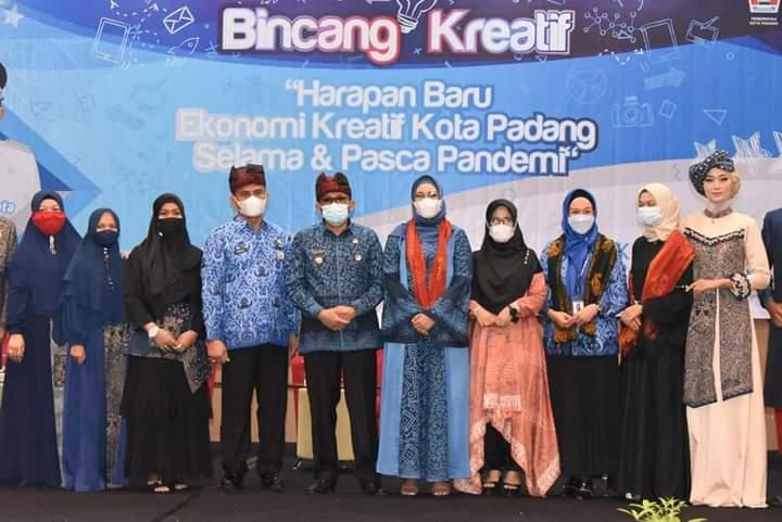 Bincang Kreatif Launching Batik Kajang Padati, Wako Padang Optimis Ekonomi Bangkit Pasca Pandemi