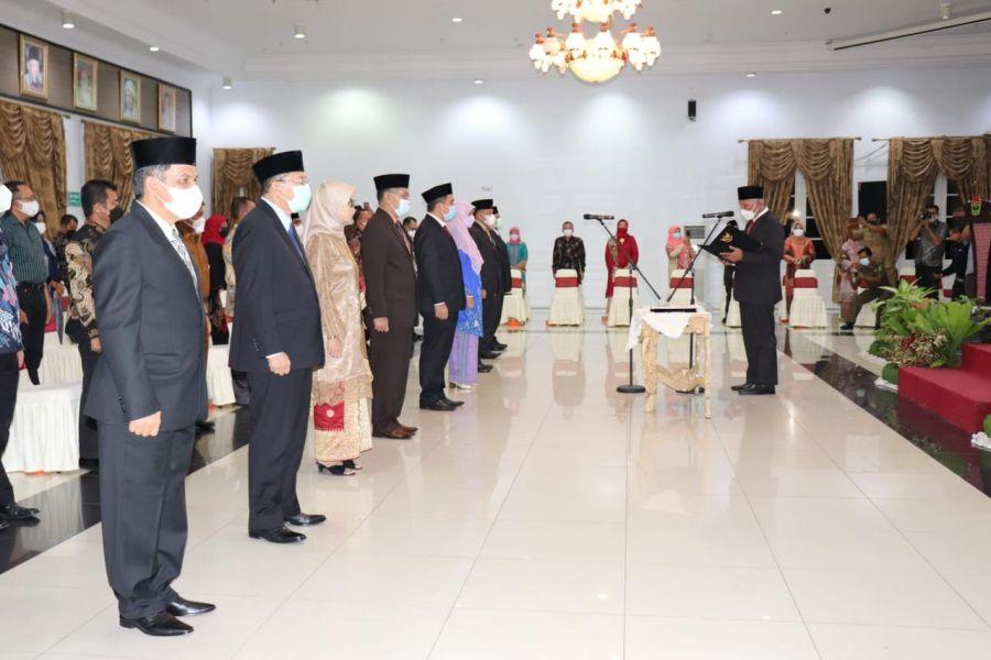Gubernur Mahyeldi Lantik 9 Pejabat Tinggi Pratama, Tidak ada Non Job