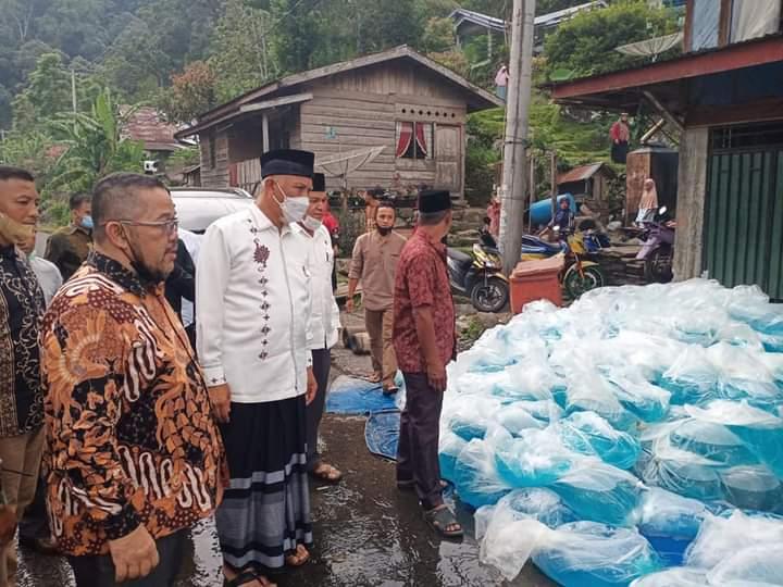 Gubernur Mahyeldi: Revitalisasi Danau Maninjau Butuh Semangat Bersama Pemerintah dan Masyarakat