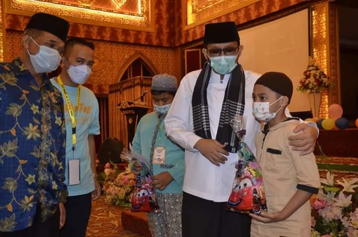 Hadiri 'Yatim Fest 2021' Wako Hendri Septa Motivasi Ratusan Anak Yatim di Padang