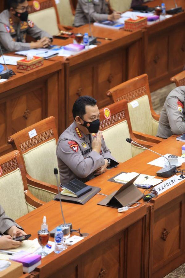 Kapolri Melakukan Rapat Dengar Pendapat (RDP) dengan Komisi III DPR, Paparkan Operasi Ketupat 2021