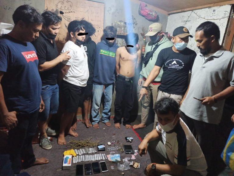 Polres Payakumbuh Bekuk 4 Pemuda Sedang Pesta Narkoba