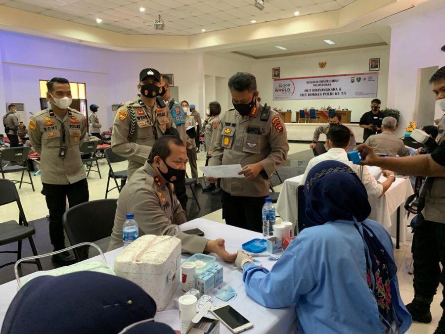 Sambut HUT Bhayangkara dan Dokkes, Polda Sumbar Gelar Donor Darah