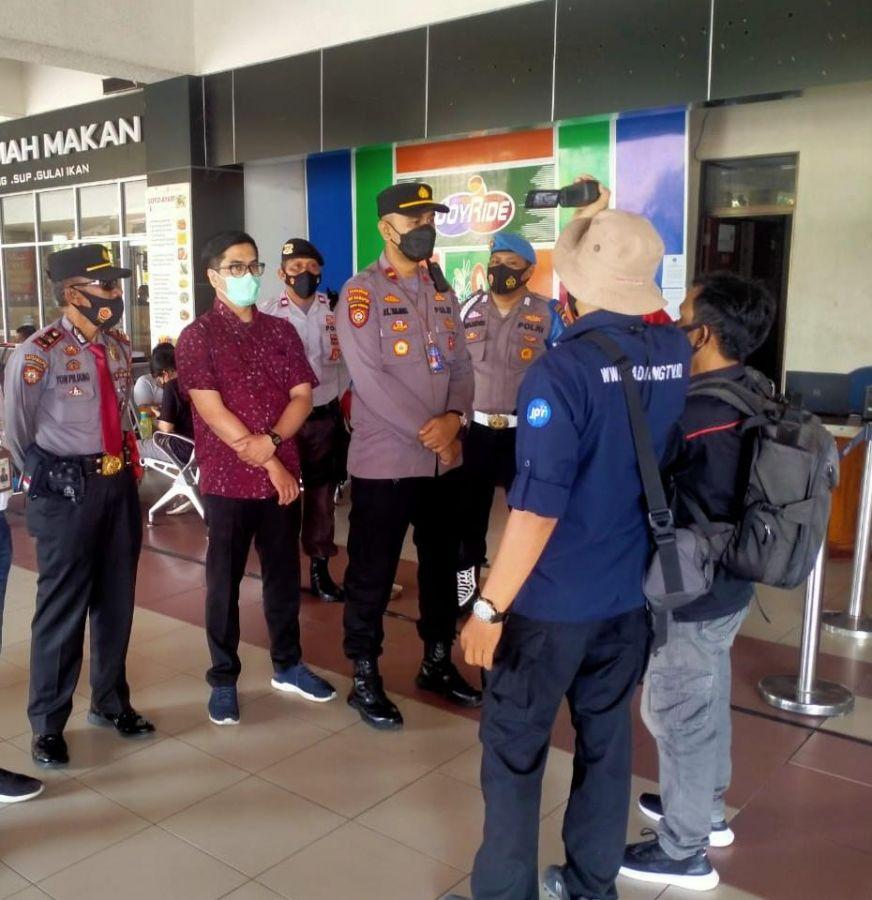 Terkait PPKM Jawa-Bali, Polsek BIM Siagakan Personil Perketat Pengawasan