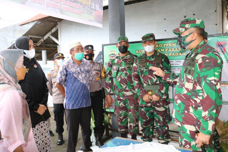 Tinjau PPKM, Danrem 032/Wbr Himbau Warga Mari Kita Peduli dan tegakkan Disiplin Protokol Kesehatan