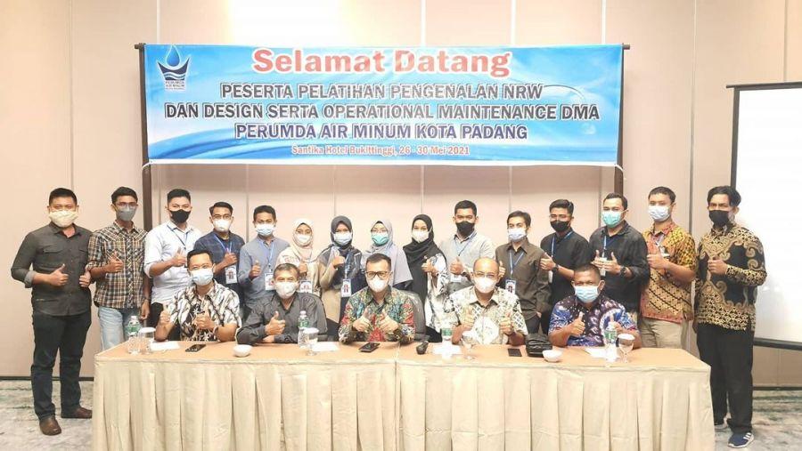 Minimalisir Kehilangan Air, Dirut Perumda AM Kota Padang Buka Pelatihan Pengenalan NRW dan DMA