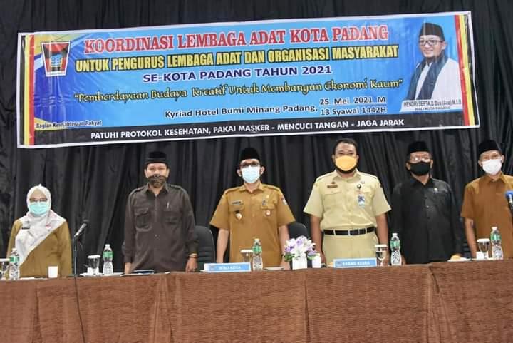 Wako Hendri Septa Peduli Terhadap Lembaga Adat di Kota Padang