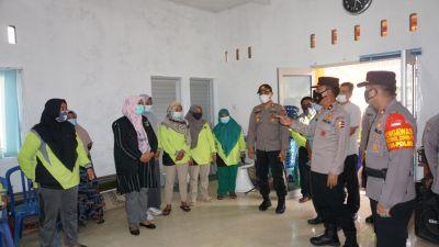Baharkam Polri Kunjungi Posko Relawan Covid Nagari Sijunjung