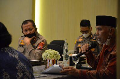 Gubernur dan Kapolda Temui Menteri LHK RI, Prihatin Prilaku Oknum Pembalakan Liar Hutan Sumbar