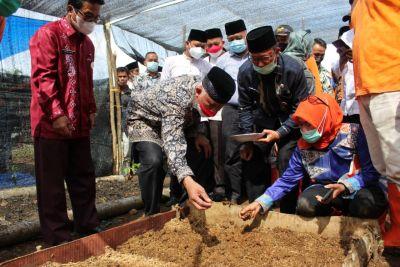 Gubernur Mahyeldi Dorong Produk Pertanian Sumbar Berorientasi Ekspor