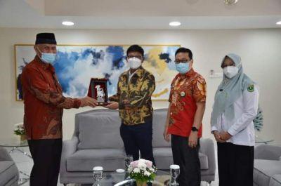 Gubernur Mahyeldi Harapkan Bantuan Kominfo RI, Masih Banyak Daerah Blank Spot di Sumbar