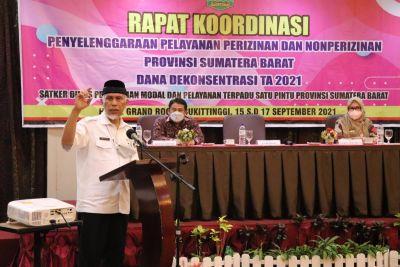Gubernur Mahyeldi Minta Kab/Kota Tindaklanjuti UU Ciptakerja untuk Percepatan Investasi