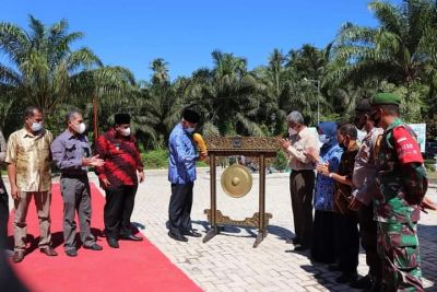 Gubernur Sumbar Resmikan Lahan Bekas Tambang Menjadi Taman Ekowisata Berbasis Air