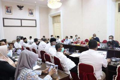 Gubernur Sumbar Sambut Baik Konversi Bank Nagari ke Syariah