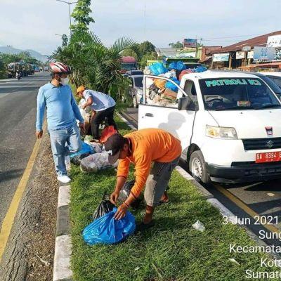 Kadis LH Padang: Jangan Buang Sampah di Median Jalan!