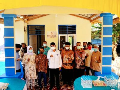 Lagi, Wako Hendri Septa Resmikan Bedah Rumah Warga di Jumat Berkah Perumda AM Kota Padang