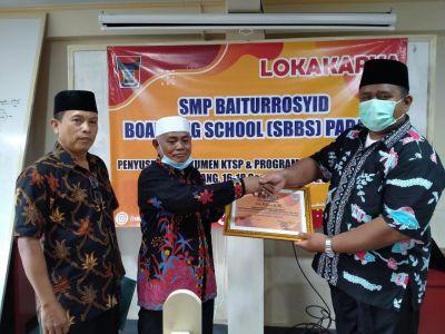 Lokakarya SMP Baiturrosyid Boarding School Bahas Inovasi Belajar