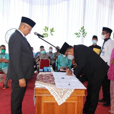 Mutasi dan Rotasi di Lingkungan Perumda Air Minum Kota Padang, Hendra Pebrizal Lantik 5 Pejabat Baru