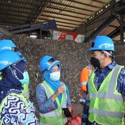 Olah Sampah Menjadi Energi Pengganti Batu Bara Wagub Sumbar Kunjungi TPST RDF Cilacap