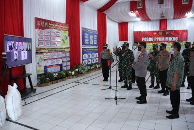 Panglima TNI dan Kapolri Semangati Warga Semarang yang Jalani Isolasi Mandiri