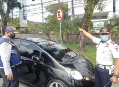 Dishub Padang Tindak Tegas Parkir Sembarangan Ban Dikempeskan!