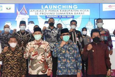 Permudah Pengawasan, Dirjen Otda Kemendagri Launching e-Perda Kabupaten/Kota se-Sumbar