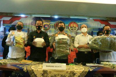 Polda Sumbar Ungkap Kasus Narkoba, Selamatkan Puluhan Ribu Masyarakat