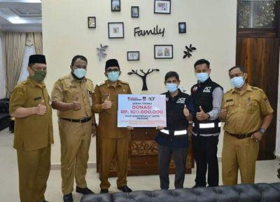 Setelah Ambulance Untuk Palestina, Pemko Padang Kembali Salurkan Bantuan Rp. 100 Juta