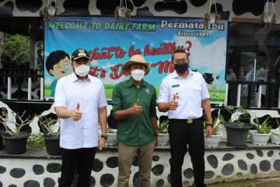 Wagub Audy Tinjau Unit Pengolahan Susu di Padang Panjang