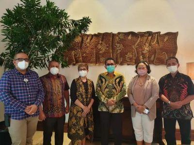 Wako Hendri Septa Ajak Dulux Untuk Berpartisipasi Cat Kota Tua Padang