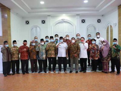 Wako Hendri Septa Ajak Tokoh Agama Kota Padang Sosialisasi Prokes dan Sukseskan Program Vaksinasi