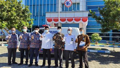 Wako Hendri Septa Apresiasi Perumda Air Minum Kota Padang Hibahkan 1 Unit Ambulance untuk Baznas