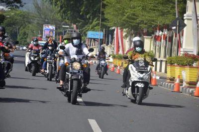Wako Hendri Septa Berkeliling Pantau Pelaksanaan Penyembelihan Hewan Kurban di Padang