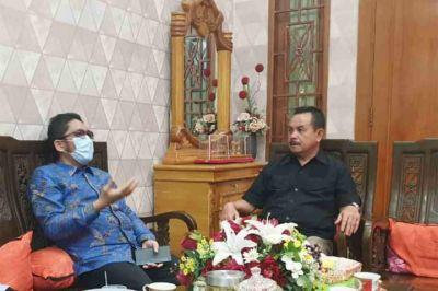 Wako Hendri Septa Silaturrahmi Dengan Fauzi Bahar, Wali Kota Padang 2 Periode