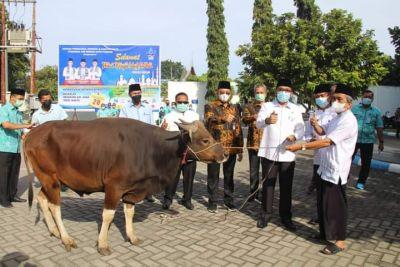 Wako Hendri Septa Takjub Dengan Semangat Berqurban Karyawan Perumda Air Minum Padang